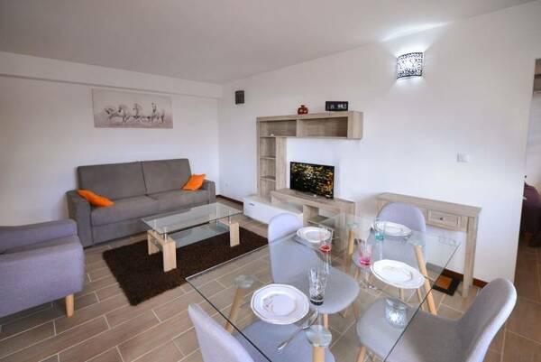 Location A Fort De France Salon Tv