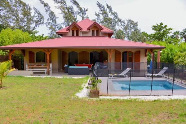 Location Villa Lagoon Piscine Secure