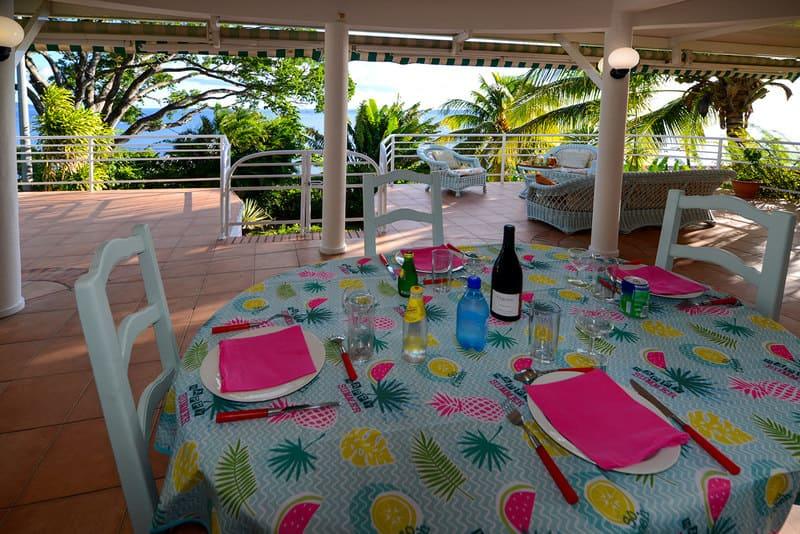 Location T3 Schoelcher Martinique Vue Mer Spa Sam