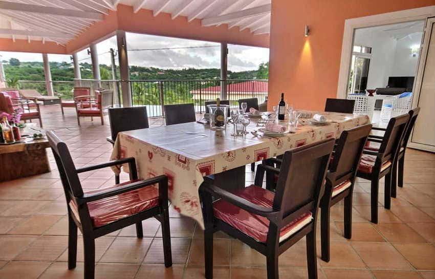 Location Villa Avec Piscine Cap Macre Martinique Salle A Manger
