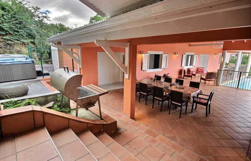 Location Villa Avec Piscine Cap Macre Martinique Barbecue