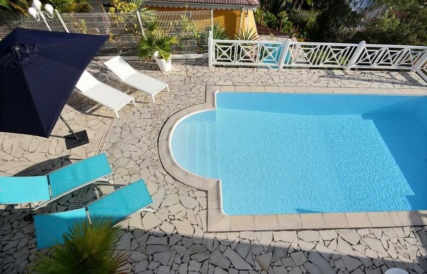 Martinique Trois Ilets Villa Anse Bleue Piscine Transats