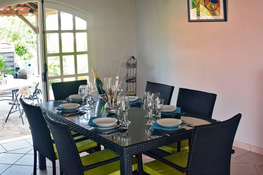 Kaz Arome Salon Table Interieure