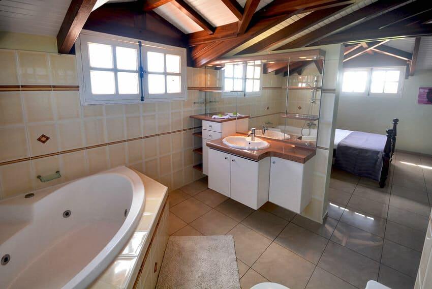Kaz Arome Suite Bains