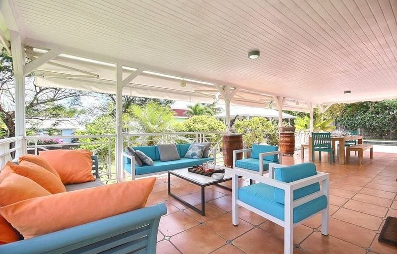 Location Villa Martinique Neivy Salon Exterieur Min