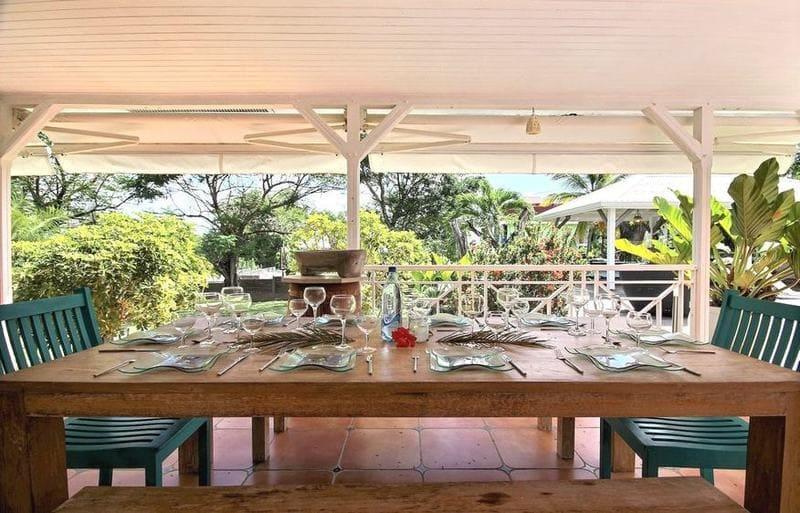 Location Villa Martinique Neivy Table Manger Min