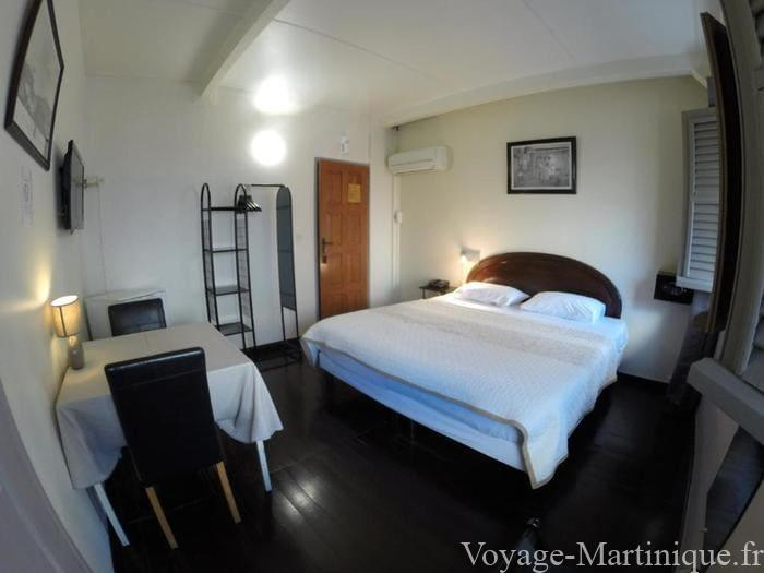 Carib Hotel (1)