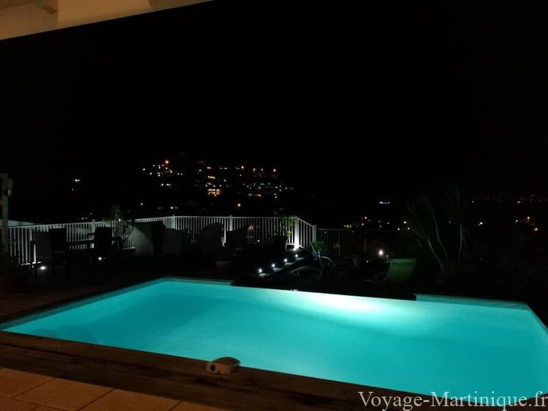 piscine nuit martinique